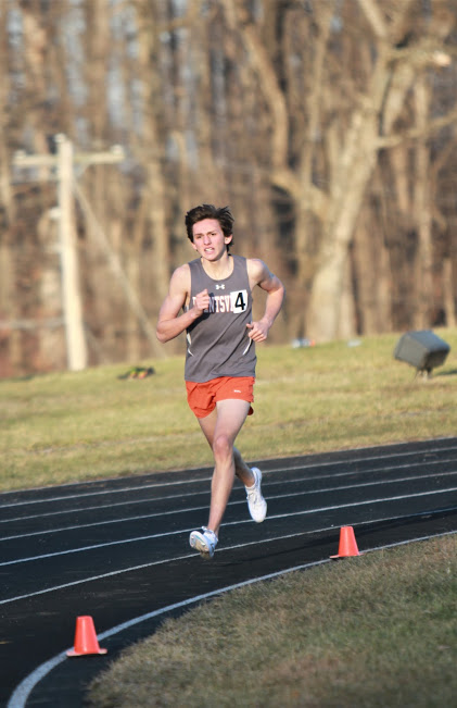 Sam+Llaneza+won+the+boys+mile+with+a+time+of+4%3A50.