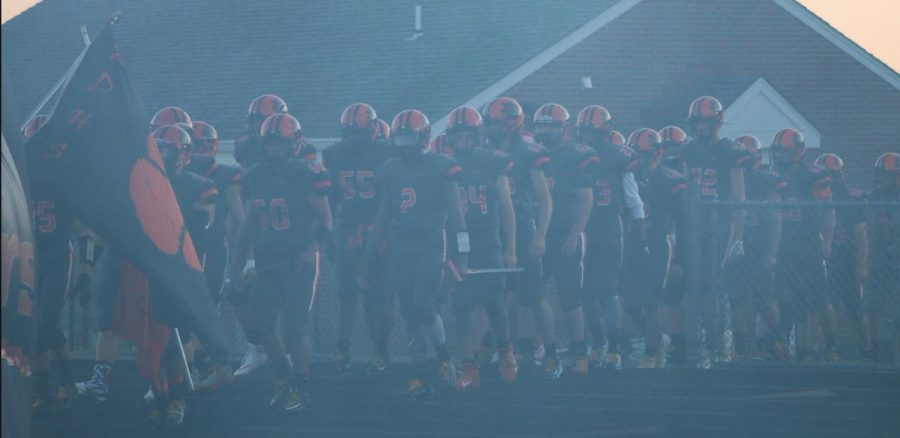 BDHS tigers prepare for their game.