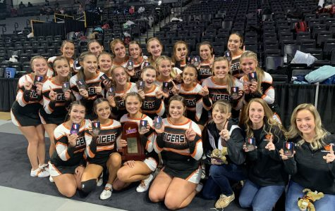 Cheering for the Champs: BDHS Cheerleaders Win States